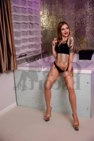 Iole escort girls, thai massage