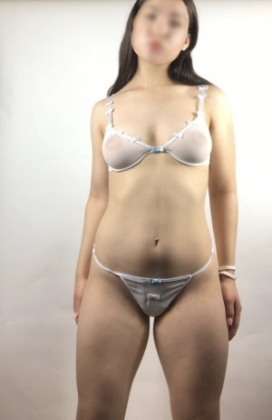 Aslihan nuru massage & escort girls