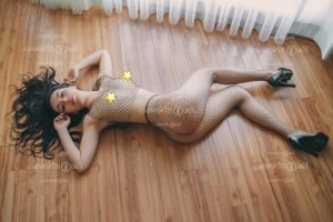 Myrianna happy ending massage in Warren & live escort